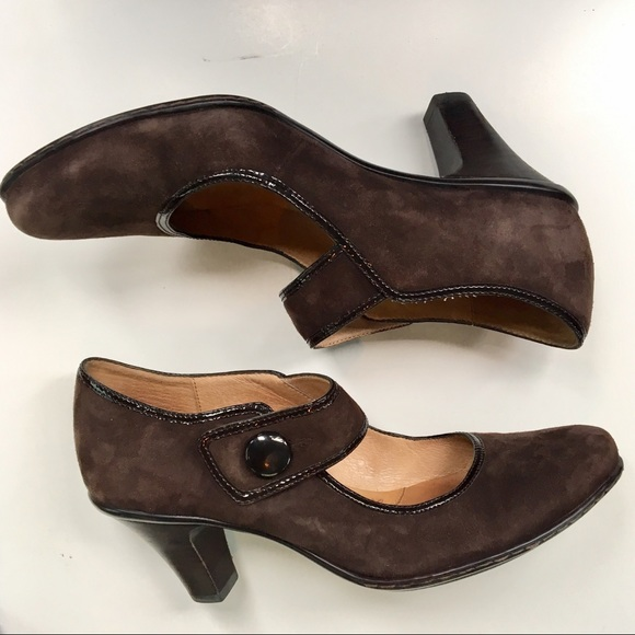6520e9827c8b Sofft Carma suede 8 Mary Jane pumps. M 5ad37df072ea8894ec8f9804. Other Shoes  you may like. Sofft Women s Brown Leather Heels.